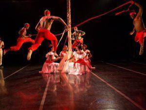 Culture in Cuba, Cuban dance company, Ban Rarrá, Photo: Tom Ehrlich