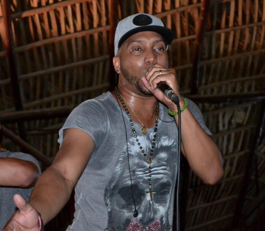 Dayan Carrera Fernandez, singer with Pupy y Los Que Son Son.