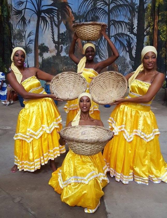 Raíces Profundas dancing Oshun, directed by Ildolidia Ramos (formerly by Juan de Dios Ramos Morejón).